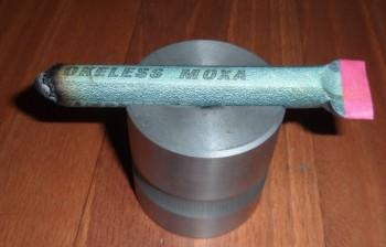 Moxa- Moxovanie moxovacia tyčinka v držiaku